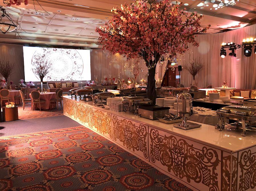 Sheraton Skyline Hotel, London Heathrow Weddings