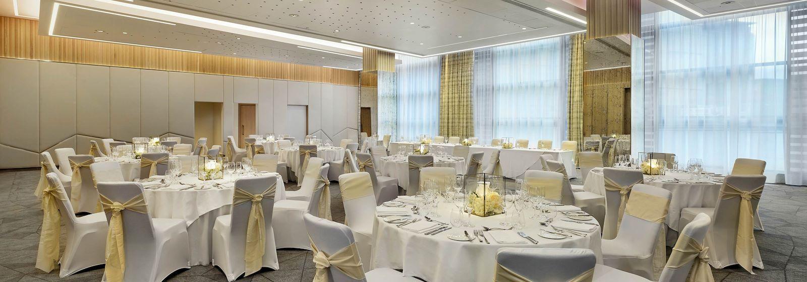 Weddings in Edinburgh, Sheraton Grand Hotel & Spa Edinburgh